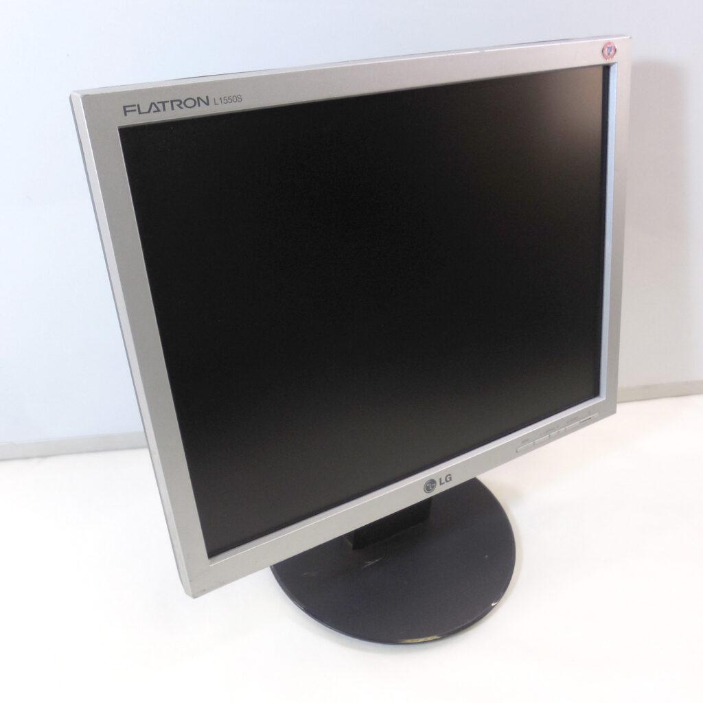 Монитор LG Flatron l1550s